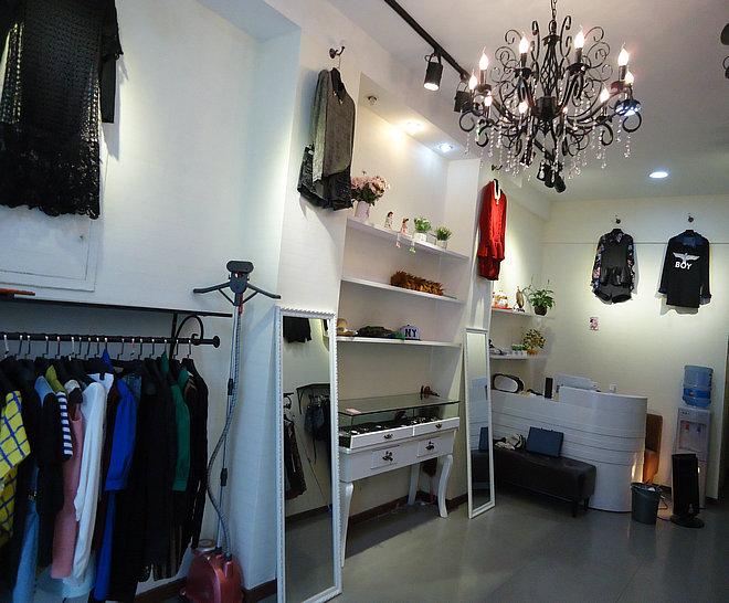 恭喜石路女人街新装修服装店转让成功